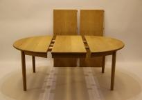 Spisebord massiv lys eg. KP Jørgensen