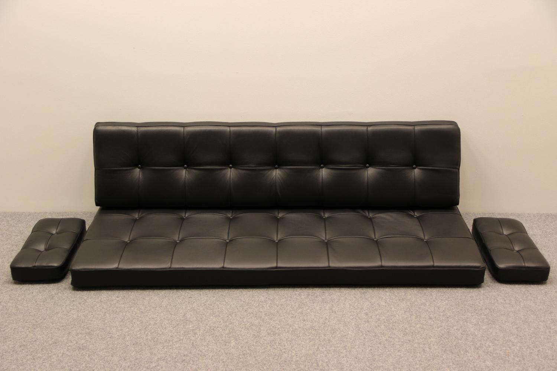 Picture of: Hyndesaet Til Hvidt Molgaard Sofa