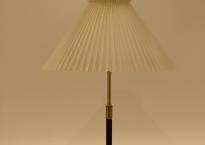 Le Klint bordlampe model 352. Brugt